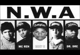 N.W.A – Fuck Tha Police (paroles traduites en Français) (Musique seule)