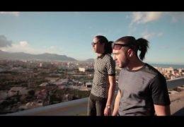 Djadja & Dinaz – J'fais mes affaires (English lyrics)