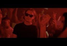 Kevin – Wazig ft. Crooks (English lyrics)