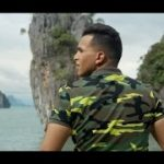 SOUFIANE EDDYANI – Een Dief Als Broers (English lyrics)